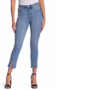 NWOT Kensie High Rise Split seam Raw Hem Jeans